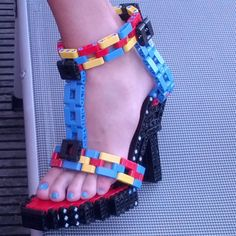 "legoloft: ""STORKERS - Brick Stiletto Shoes http://www.mocpages.com/moc.php/398956 """
