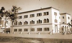 """Antiguo Museo Arqueológico de Almería (1981 c.a). Carretera de Ronda, 91. El edificio fue primero Colegio Menor """"Santa María del Mar"""", sede de la Sección Femenina de la Falange Española y de la JONS."""