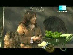 Curso de huerta Orgánica - 2 (Composición del suelo y abono) 1 Small Space Gardening, Compost, Youtube, Small Spaces, Apps, Gardens, Vegetable Garden, Edible Plants, Pest Control