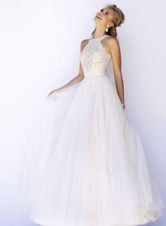 48 Trendy Halter Neckline Wedding Dresses   HappyWedd.com #PinoftheDay #trendy #halter #neckline #HalterNeckline #WeddingDress #wedding #dress