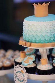 ombre blue cake design
