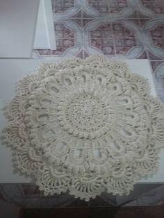 esse e o tapete Russo Amei  peguei o grafico no blog do crochê.
