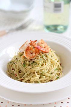 (David Rocco) Spaghetti Aglio Olio with shrimp