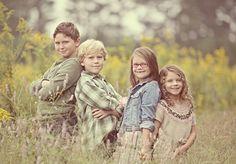 Brothers & Sisters posing poses siblings