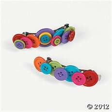 Button Hair Clips, hmmm might have to get some fun colored buttons and try this. Have a ton of french barrette clips still Button Art, Button Crafts, Cute Crafts, Crafts For Kids, Barrettes, Hairbows, Diy Buttons, Color Crafts, Hair Beads