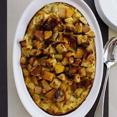 From sausage dressing to butternut squash bread pudding, here are terrific Thanksgiving recipes for a crowd....