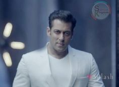 'My Wife & Her Friends have Ordered Me to Bring Salman Khan's Autograph' | Salman Kingdom
