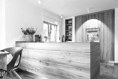 TISCHLEREI SOMMER Küchen in Rüster vs. Ulme, Arbeitsfläche Stahl, Maßanfertigung aus Vollholz