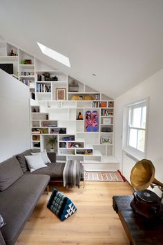 Cool 115 Amazing Loft Stair for Tiny House Ideas https://besideroom.co/115-amazing-loft-stair-tiny-house-ideas/