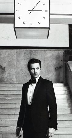 The only thing better than Richard Armitage? Richard Armitage in a tux :)...looks like Ed Norton, Bradley Cooper, Hugh Jackman, Tom Hiddleston and David Conrad, Ewan McGregor and Mel Gibson?...Not a bad mix! <3