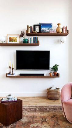 27 ideas for wall decored apartment living room shelves Living Room Interior, Living Room Furniture, Living Room Decor, Living Rooms, Tv On Wall Ideas Living Room, Dark Furniture, Küchen Design, Interior Design, Bath Design