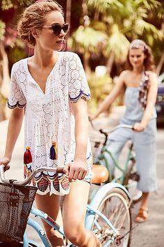 50 Boho Chic Fashion Ideas You Should Try Now :: boho fashion :: gypsy style :: hippie chic :: boho chic :: outfit ideas :: boho clothing :: free spirit :: fashion trend :: embroidered :: flowers :: f (Top Moda) Boho Outfits, Summer Outfits, Fashion Outfits, Fashion Swimsuits, Vegas Outfits, Fashion Clothes, Bohemian Outfit, Bike Fashion, Gypsy Fashion