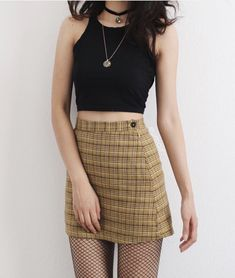 50 cute crop tops for any body type 6 Grunge Outfits, Retro Outfits, Korean Outfits, Cool Outfits, Casual Outfits, Plaid Outfits, Cute Fashion, Asian Fashion, Skirt Fashion