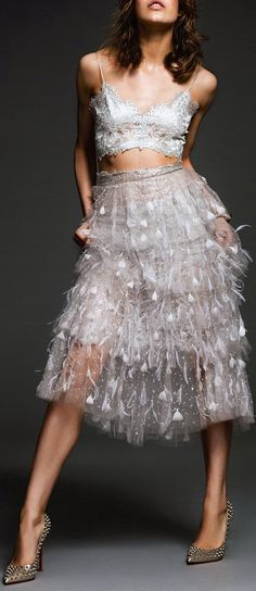 Karolina Waz Wears Embellished Style in Elle Mexico Aug 2014 by Matallana - wearing Marchesa & Christian Louboutin White Fashion, Love Fashion, Fashion Design, I Dress, Party Dress, Party Hard, Elle Mexico, Glamour, Looks Style