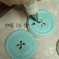 Button Cookie Tutorial - perfect  for you @Beth Snyder Carrier!
