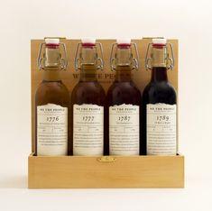Lindas botellas de vino vintage