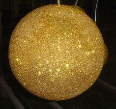 sphère-paillettes-or.jpg (1000×942)