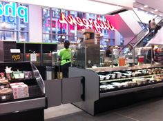 The best Walgreens in the universe, their flagship store. Two levels. Amazing lunch counter with in-house sushi chef, fro-yo bar, and Coke Freestyle machine.