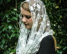 Evintage Veils~ Our Lady of Fatima Soft Ivory OR Black Embroidered Lace Chapel Veil Mantilla Infinity OR Wrap Style Latin Mass
