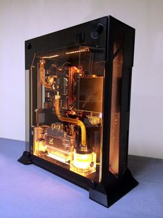 Interesting how they used water cooling inside the relatively thin Lian Li… Gaming Pc Build, Pc Gaming Setup, Computer Build, Gaming Pcs, Computer Setup, Pc Setup, Desk Setup, Computer Case, Computer Technology