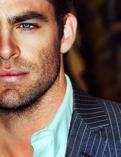 Chris Pine--This man would make a mighty fine Mr. Grey❤
