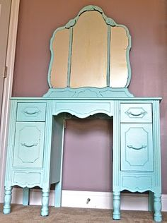 this is the same vanity table i have in my bedroom!