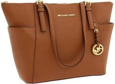 MICHAEL Michael Kors Jet Set Top Zip Tote shoppers shoulder bag Michael kors Mic #MichaelKors #TotesShoppers