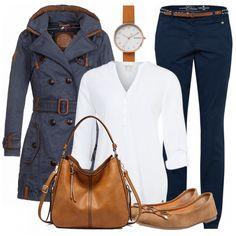 cc72fdd1b0801 TrenchSaison Outfit - Freizeit Outfits bei FrauenOutfits.de. Trenchcoat BlauHandtasche  TrendKurvige ...