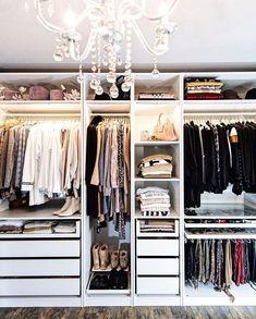 Walk In Closet Design, Bedroom Closet Design, Master Bedroom Closet, Home Room Design, Closet Designs, Room Decor Bedroom, Home Bedroom, Ikea Dressing Room, Dressing Room Design