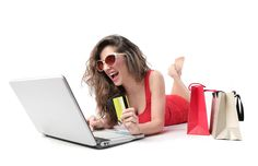 Kingdom of Women: Reasons Why Online Shopping Steals The Show Internet Shopping Sites, Shopping Hacks, Online Shopping, Shopping Websites, Business News, Business Women, Sales Tips, Selling Online, Online Buying