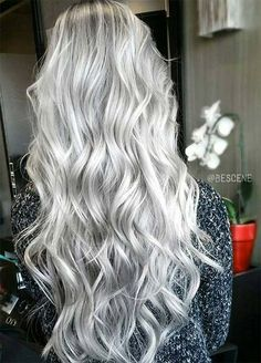 85 Silver Hair Color Ideas and Tips for Dyeing, Maintaining Your Grey Hair Granny Silver/ Grey Hair Color Ideas: Platinum Ice Silver Wavy Hair New Hair Colors, Hair Color For Black Hair, Cool Hair Color, White Hair, Green Hair, Grey Blonde, Blonde Color, Platinum Blonde, Wavy Hair