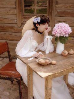Taehyung Fanart, Kim Taehyung Funny, Vkook Fanart, Bts Taehyung, Foto Jungkook, Foto Bts, Taekook, Vkook Memes, Korean Girl Photo