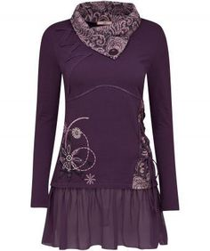 Enjoy glamorous touches of lace and beautiful embroidery with our luscious tunic. We love the gorgeous chiffon hem and jacquard collar, adding a little luxury to this statement piece. Approx Length: 82cm Our model is: 5'8""