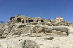 Georgien Rundreisen - Jetzt Urlaub buchen! |Tai Pan Mount Rushmore, Mountains, Nature, Travel, Vacation Package Deals, Mountain Range, Old Town, Voyage, Viajes