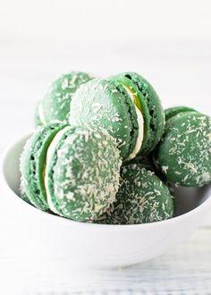 Coconut Lime Curd Macarons