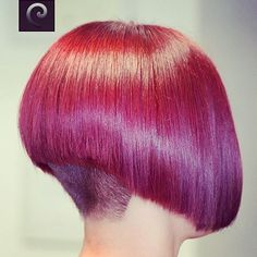 nape undercut bob You are in the right place about Short Wedge Hairstyles, Girls Short Haircuts, Short Hair Styles, Angled Bob Hairstyles, Fringe Hairstyles, Wild Hairstyles, Red Bob Hair, Nape Undercut, Creative Hair Color
