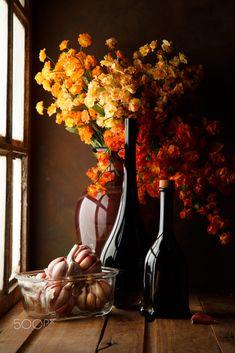 The Garlics by Luiz Laercio – Fotografie Still Life Photos, Still Life Art, Double Exposition, Still Life Flowers, Still Life Photography, Painting Inspiration, Flower Arrangements, Fine Art, Autumn