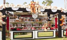 These bears and dogs had the best midway view!(Venue: @monarchbresort   Planner: @internationaleventco   Photographer: @john_solano_photography   Videographer: @vidicamproductions   Florist: @marksgarden   Lighting: @images_lighting   Decor/Furniture: @revelryeventdesign @revelryMatias   Linens: @latavolalinen@resource_one_linens @wildflowerlinen   Favors/Decor: @budsnbloomsla   Cakes: #RoseBudCakes   Desserts: @SweetEsBakeShop   Event Painter: @eventpaintingbyagnes   Aerialist Bartenders…