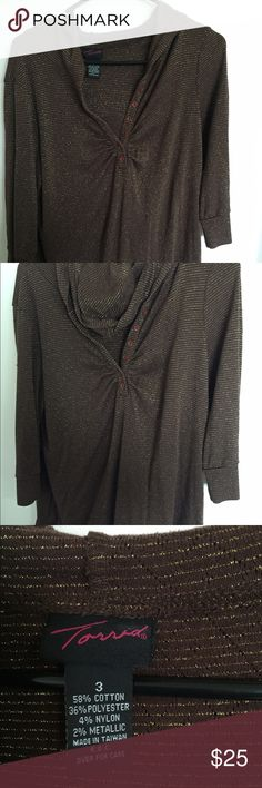 Torrid size 3 brown and gold hoodie top Never been worn very comfortable. I also own one in black. Torrid size 3 torrid Tops Tunics