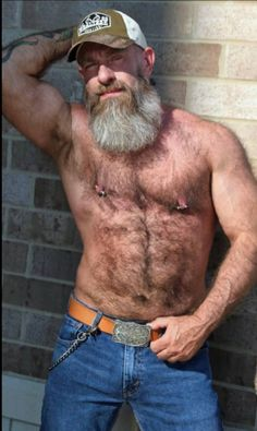 Daddy Bear, My Daddy, Hairy Men, Bearded Men, Male Pattern Baldness, Hairy Chest, Alpha Male, Sexy Jeans, Old Boys