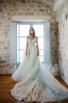 Wow, real #GLBride Ariana Janetakis is a fairytale vision in her #Cinderella Galia Lahav wedding gown. The ice blue colour and the layers of tulle make this ballgown one statement wedding look. #GLCouture #GaliaLahav #RealBride #BallgownWeddingDress #SomethingBlue #WeddingDress #WeddingGown #WeddingInspiration #FairytaleWedding
