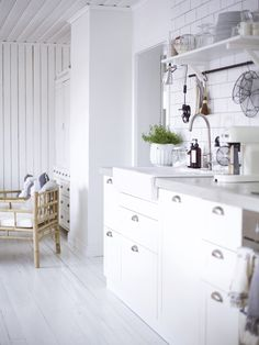 before and after white kitchen My Dream Home, Double Vanity, Kitchen Dining, Kuu, Interior, House, Inspiration, Furniture, Kitchens