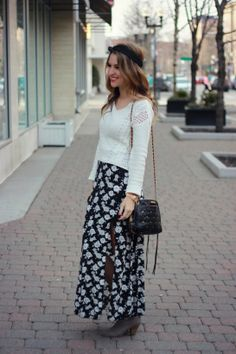 So pretty! Wearing a sweater over a maxi is a great way to warm-up a romantic bohemian look.