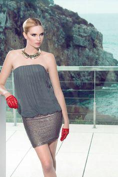www.maycanmodas.es Vestido escote palabra de honor, corto.  http://www.maycanmodas.es/tienda-online/vestidos-cocktail/