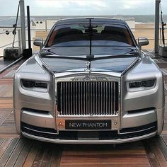 Phantom is the signature Rolls-Royce; an iconic and enduring interpretation of the modern motor car. Explore down for the Best Rolls Royce Phantom For Him. Lamborghini, Bugatti, Ferrari, Rolls Royce Phantom, Bentley Rolls Royce, Rolls Royce Cars, Rolls Royce 2018, Bmw, Voiture Rolls Royce