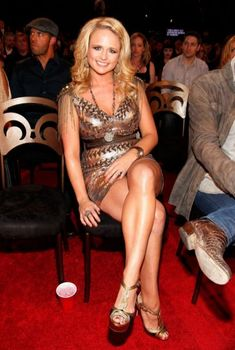 Miranda Lambert Fat In Bikini Miranda Lambert Fat, Miranda Lambert Bikini, Miranda Lambert Photos, Country Girls, Country Music, Maranda Lambert, Country Female Singers, Western Girl, Lovely Legs