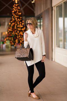 s e e r s u c k e r + s a d d l e s: Turtleneck & Tortoiseshell Fashion Over 40, 50 Fashion, Fashion Outfits, Fall Winter Outfits, Autumn Winter Fashion, Mode Outfits, Casual Outfits, Chicos Fashion, Looks Black