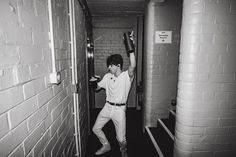 Сохранённые фотографии – 5 028 фотографий Will Simpson, Brad Simpson, Treading Water, The Vamps, Celebs, Celebrities, Debut Album, Playing Guitar, Anastasia