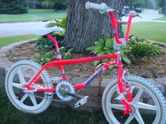 Welcome to the Indie Site For BMX and Skateboarders World Wide! Bmx Bikes For Sale, Gt Bikes, Cool Bikes, Gt Mountain Bikes, Mountain Bike Shoes, Mountain Biking, Vintage Bmx Bikes, Velo Vintage, Bmx Wheels