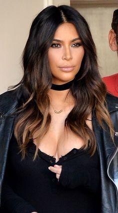 Ideas Hair Color Trends For Brunettes Kim Kardashian Hair Color Dark, Dark Hair, Aaliyah, Ombre Hair Mel, Britney Spears, Ombre Hair Caramelo, Brunette Hair Cuts, Sombre Hair, Dip Dye Hair